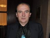 Zomrel spisovateľ a bývalý šéfredaktor Dotykov a rádia Devín