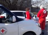 Kaufland a Lidl venujú slovenskému Červenému krížu spoločne 60 000 eur