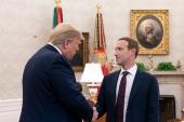 Mark Zuckerberg sa v Bielom dome stretol s Donaldom Trumpom